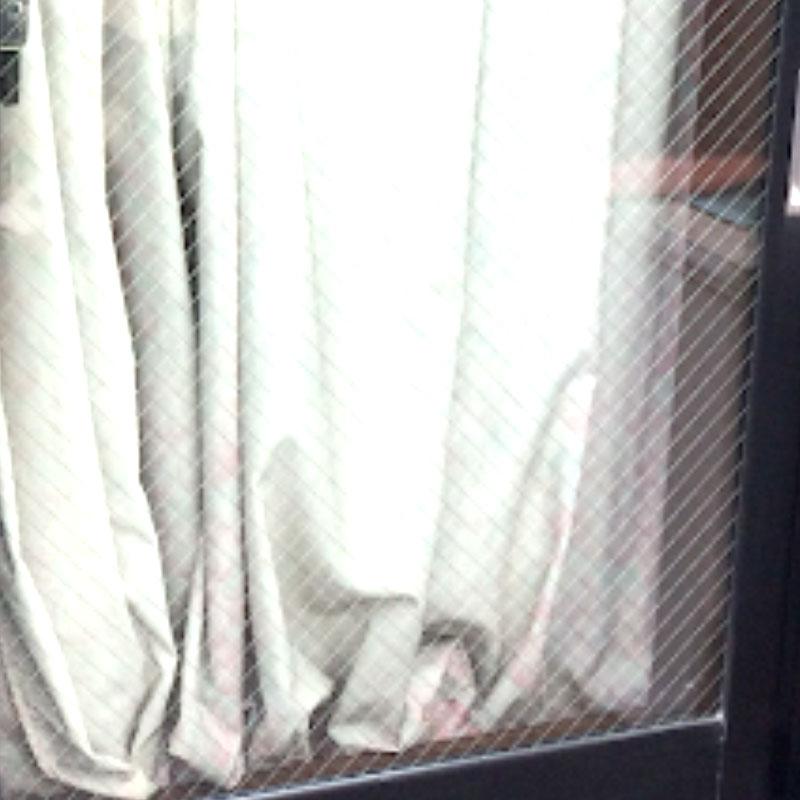 鎌倉市坂ノ下エリア、戸建て、ベランダ透明ひし形ワイヤー複層ガラス「ペアレックスツインガード」内部結露のガラス交換修理アフタ画像