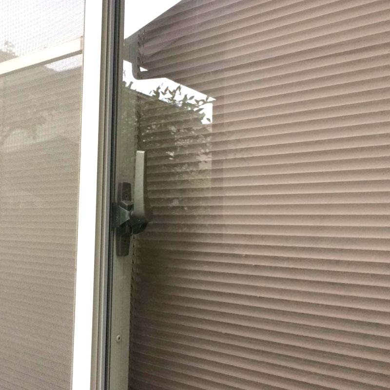 横浜市泉区エリア、戸建て、透明3ミリガラスが泥棒に破られてしまい、ガラス交換修理をしました。アフタ画像